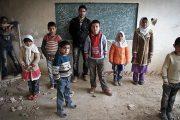 دانشجویان دانشگاه فرهنگیان قزوین به دانش آموزان نیازمند رایگان آموزش میدهند