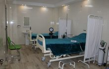 گرفتن تست کرونا در درمانگاه فرهنگیان بندرعباس/کلنگ ساخت درمانگاه بزرگ فرهنگیان به زودی