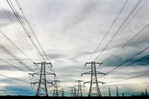 شهرها و روستاهای کوهستانی و سردسیری هرمزگان با سه برابر شدن تعرفه برق مصرفی بدون گاز کشی در گیرودار هفت خوان ثبت نام نفت
