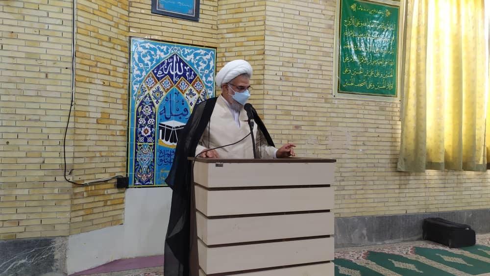 امام جمعه بندرعباس: هیچ فرهنگ و تمدنی همچون دین مبین اسلام ارزش علم و تحصیل را ندیده است